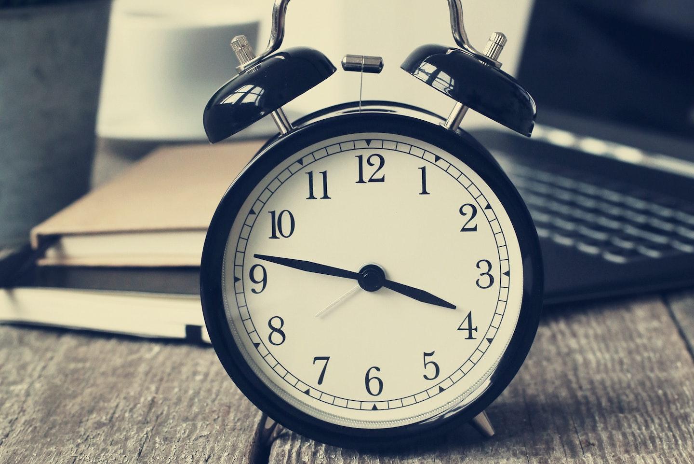 Der richtige Umgang mit Mehr- und Überstunden