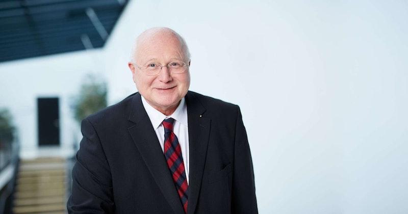 Partner-Portrait Mag. DDr. Herbert Helml der Uniconsult Steuerberatung in Linz, Peuerbach, Ried im Innkreis